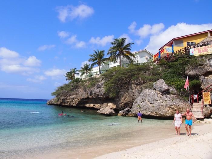 カリブ海キュラソー島のオススメビーチ2選!世界中のダイバーを魅了する美しすぎるビーチ天国