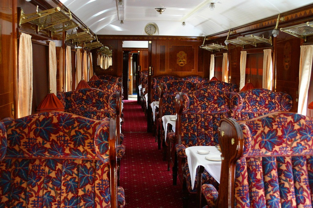 イギリスロンドン近郊で人気のブルーベル鉄道!ロンドンからのアクセス抜群な蒸気機関車の旅