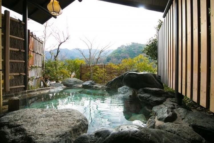湯河原の自然を満喫!露天風呂が自慢の温泉旅館3選