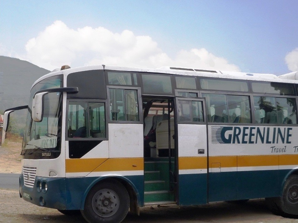 【ネパール旅行記】噂のローカルバスに乗車してみた!