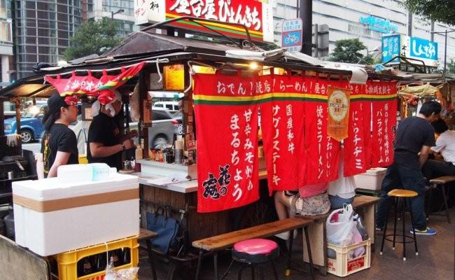 福岡・天神周辺で人気のおすすめ屋台5選!夜のグルメの大定番がずらり勢ぞろい