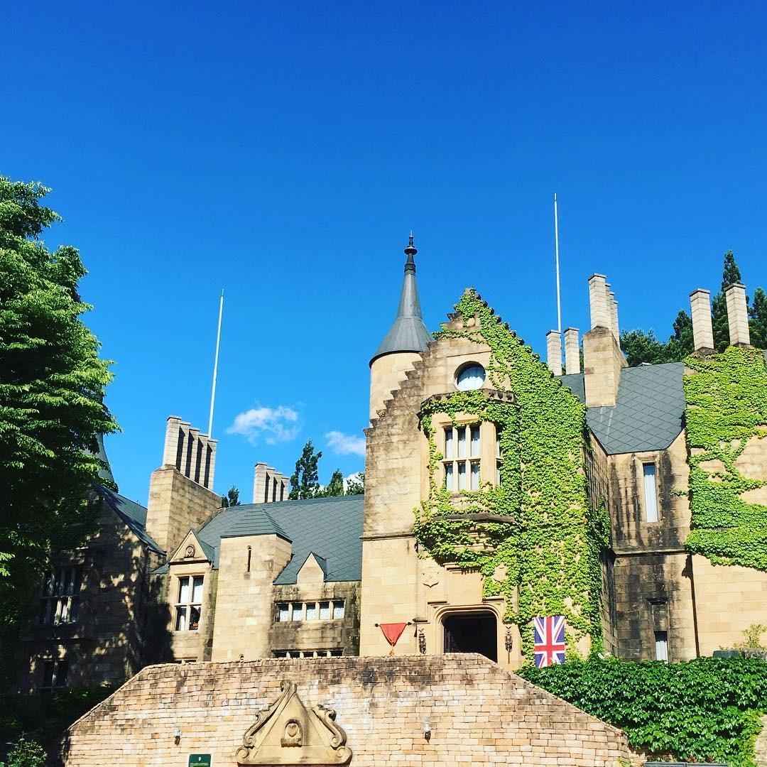 ヨーロッパの古城が群馬県にそびえ立つ!大理石村ロックハート城を楽しもう
