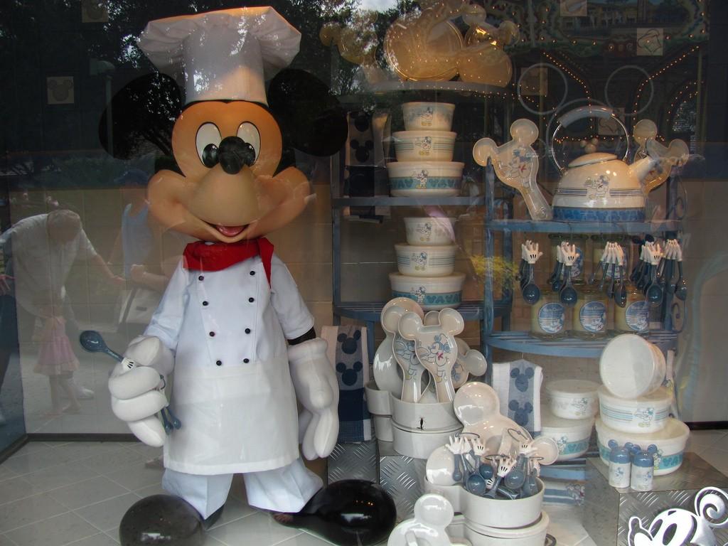フロリダディズニーのお土産はここでゲット!ディズニー・スプリングスでオススメの店5選