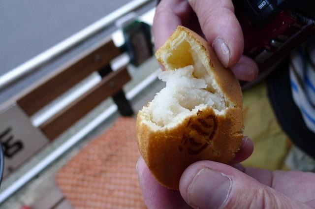 その場でパクッ♡箱根湯本駅前商店街で食べられるスイーツ