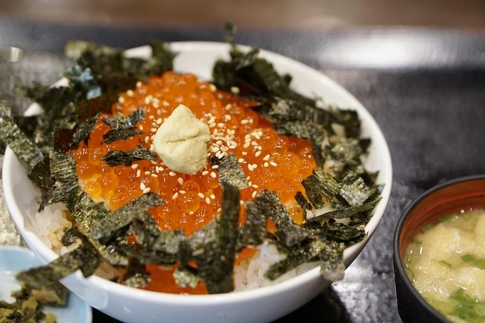 食べたいなら行列覚悟!福岡市天神にある名物グルメ店