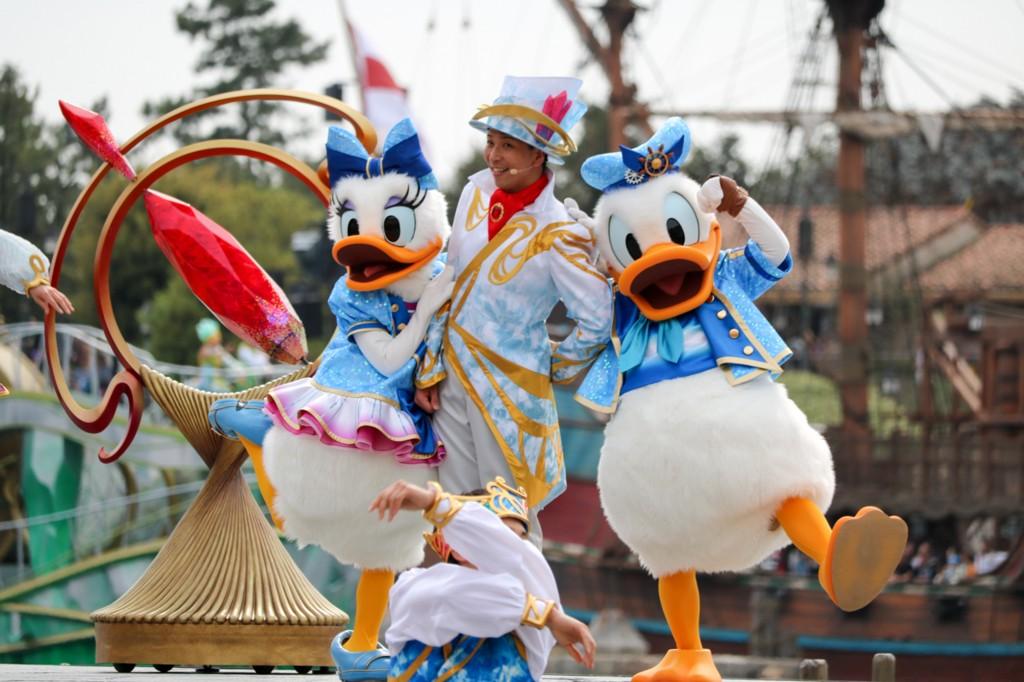 """東京ディズニーシー15周年スペシャルイベント""""ザ・イヤー・オブ・ウィッシュ""""のパレードやグッズが素敵すぎる!"""