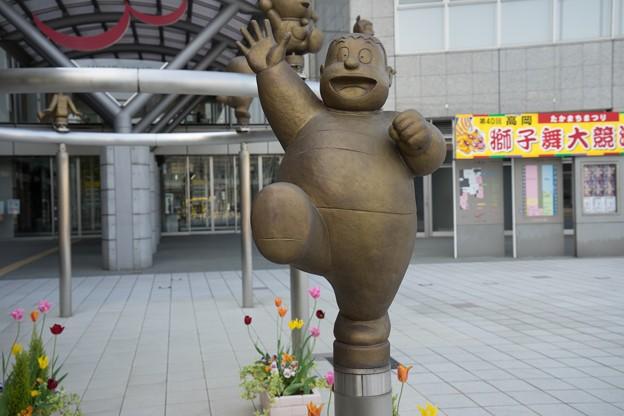 世界の人気者!ドラえもんに会いたいなら富山県高岡市へGO!