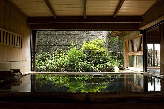 伊香保温泉で黄金の湯と白銀の湯に入っちゃおう!2つの源泉が楽しめる欲張り旅館5選
