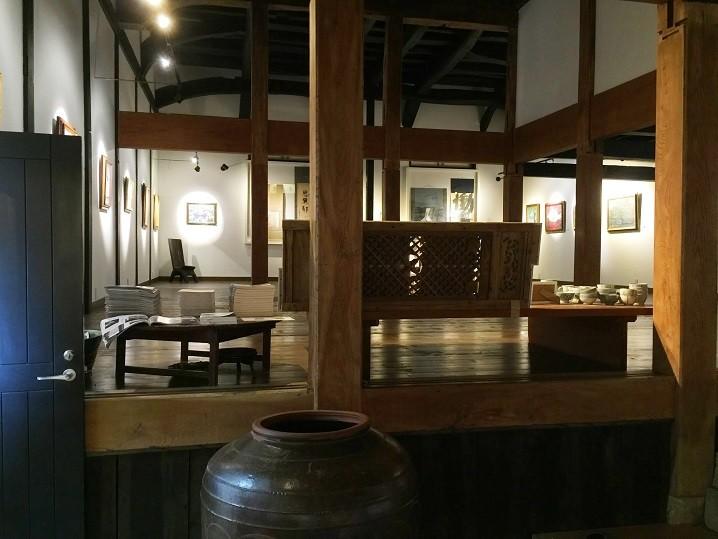北海道・美瑛町 「新星館」でアートと景色に癒される旅を!