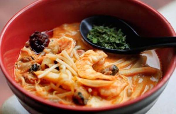 マレーシア・シンガポール料理のラクサ!人気5種類食べ比べてみました