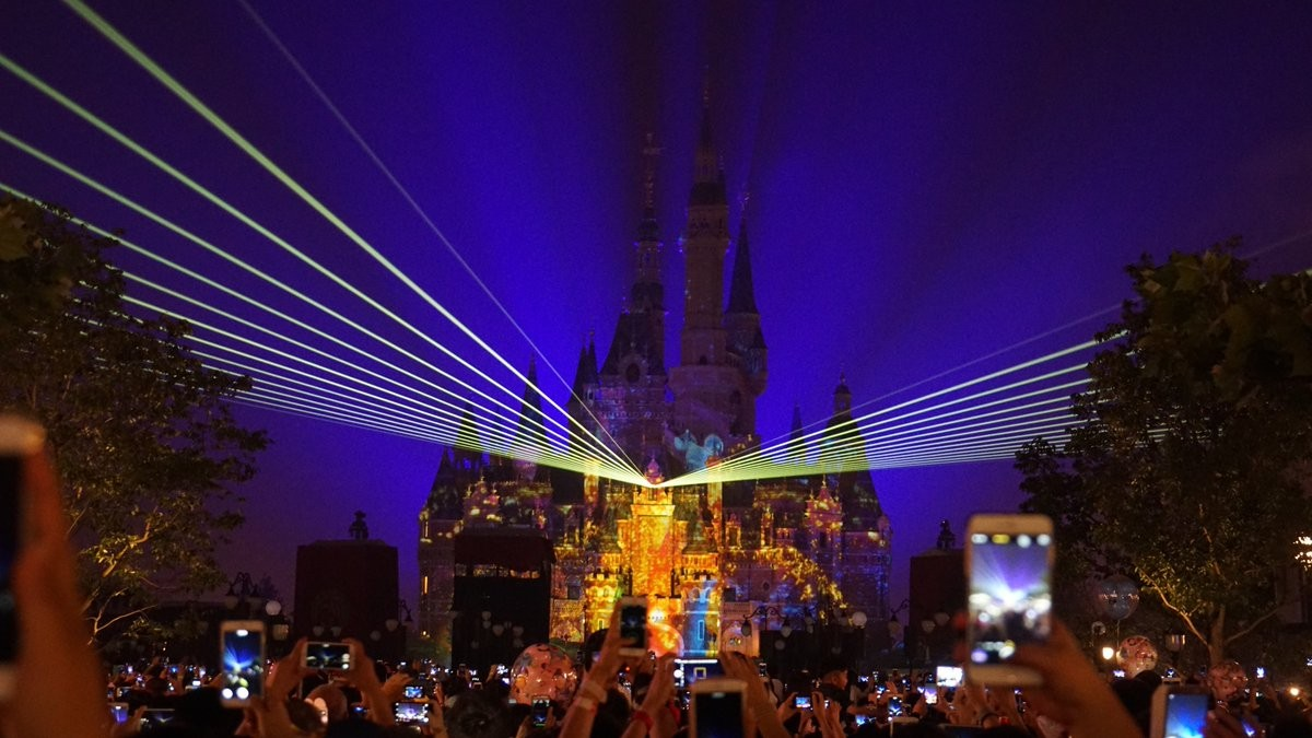 上海ディズニーのショーは見ずには帰れない素晴らしいショーだった♪