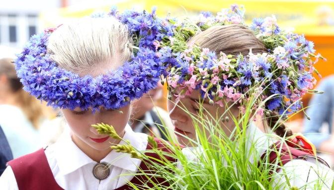 ラトビア・リガの夏至祭マーケット