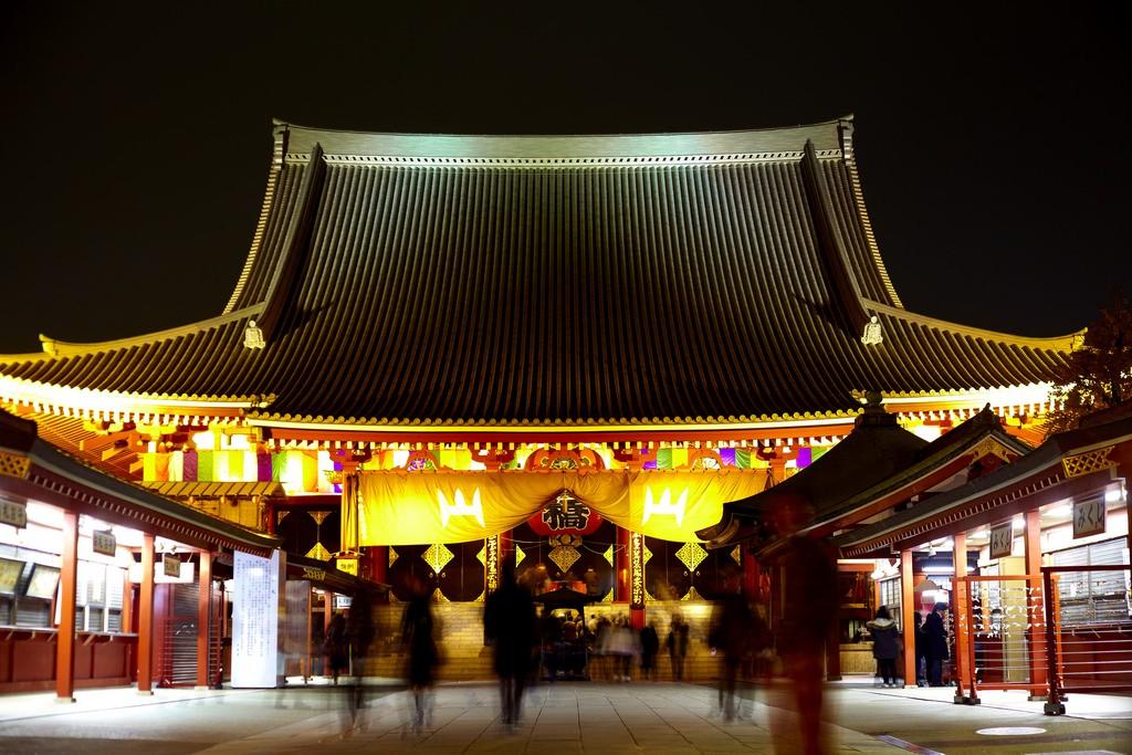都内観光の定番「浅草寺」は抜群のアクセスを誇る名刹!