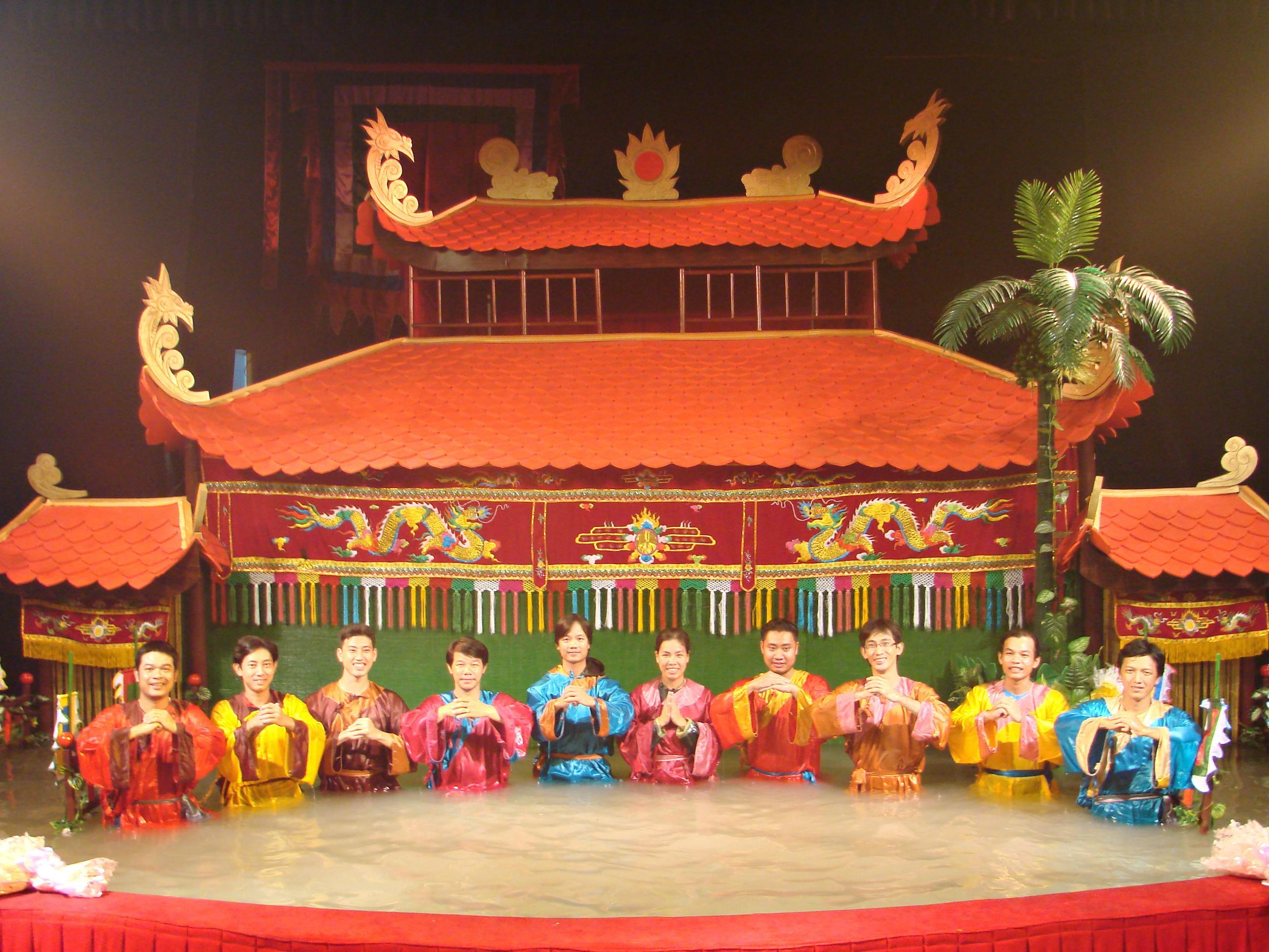 ベトナム・ホーチミンの華麗な芸能ショーが見逃せない!