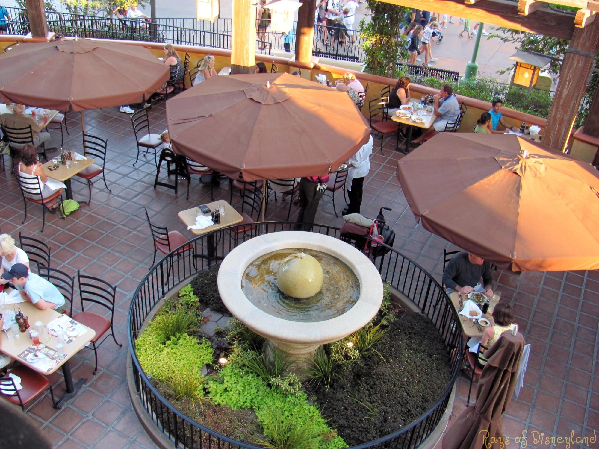 カリフォルニア・アドベンチャーで食事をするなら!おすすめレストラン5選
