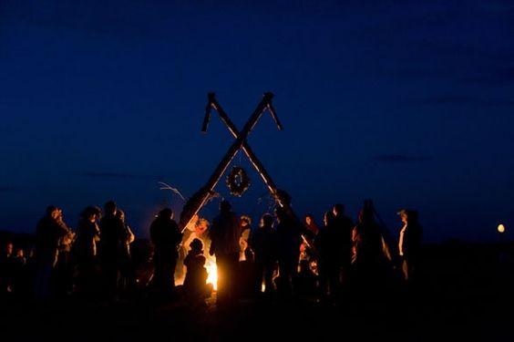 北ヨーロッパ・ラトビアの夏至祭とは?観光におすすめ!