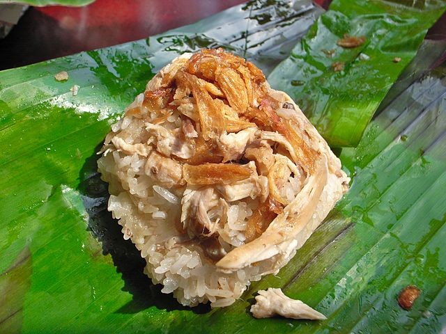 カオマンガイとチキンライスの違いは?海南鶏飯をアジア諸国で食べ比べ!《レシピ付き》