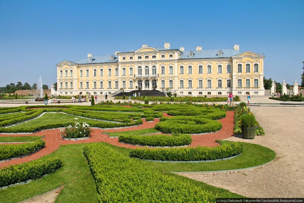 ラトビアの「ルンダーレ宮殿」はバルトのヴェルサイユと呼ばれるほど美しき宮殿!