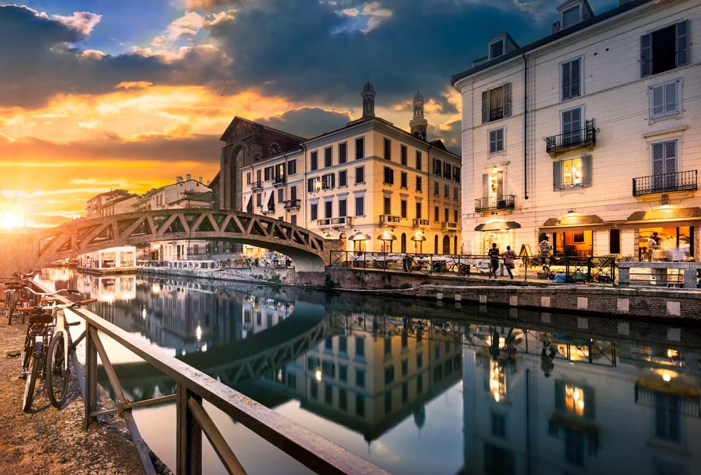 イタリア旅行の日曜日はミラノ!月末はナヴィリオの骨董市がおすすめ!