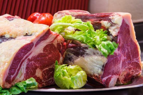 フィレンツェ名物の激旨ステーキ「ビステッカ・アッラ・フィオレンティーナ」を食べよう♪