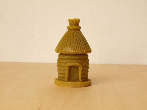 バルト三国・ラトビアのお土産におすすめ!「蜜ろうキャンドル」は空気を浄化する不思議なハチミツのロウソク