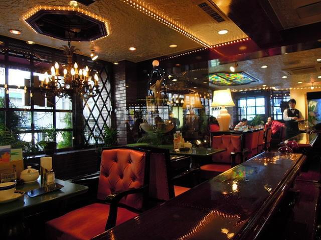 東京・池袋で夜カフェしませんか?いつもより少し大人気分に♪