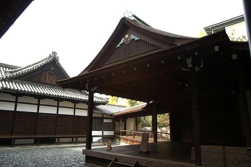 西本願寺と東本願寺の見どころまとめ!歴史的にも結びつきの強い2つの寺院
