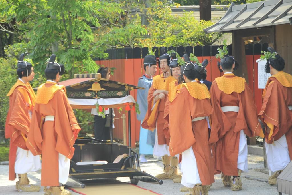 京都の世界遺産「下鴨神社」で紅葉を楽しもう!
