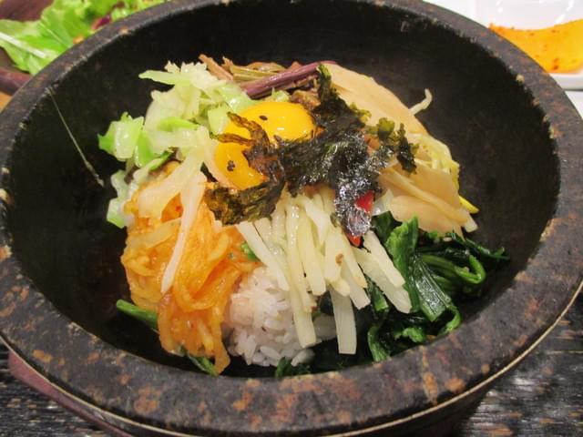 ルミネ池袋でランチにおすすめなレストラン人気4選!ヘルシーメニューに韓国料理、タイ料理も