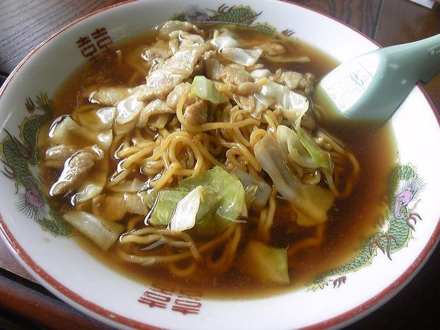 塩原温泉郷のご当地グルメ「スープ入り焼きそば」が美味しい人気店おすすめ2選