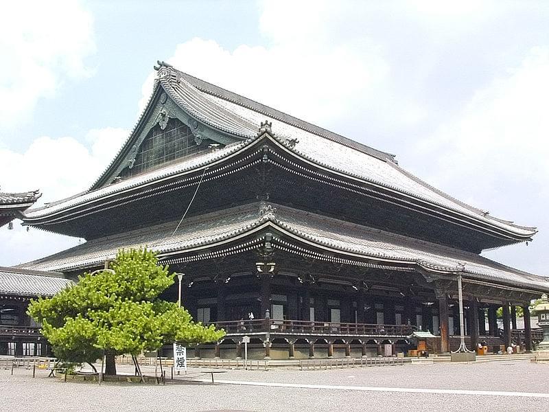 京都・東本願寺で御朱印はもらえるの?東本願寺に行く前に知っておきたい歴史や思い、見どころ