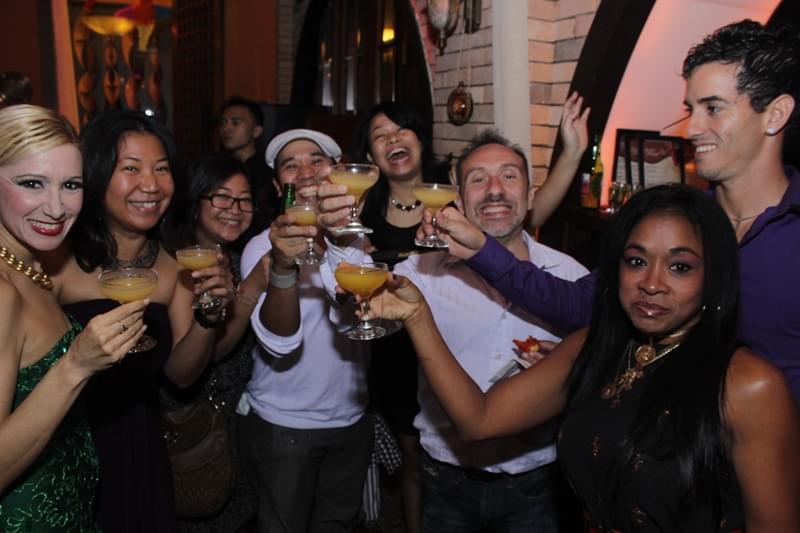 インドネシア・ジャカルタのセレブが集まる夜の飲食街アルカディア