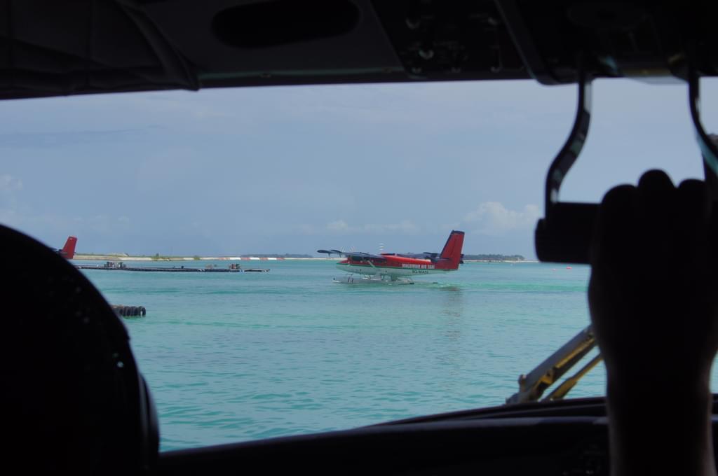 モルディブ基本情報 【交通手段編】~憧れの水上飛行機でリゾートへ~