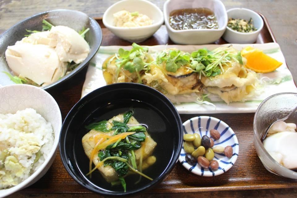 奄美大島のヘルシーで美味しいご当地グルメを食べに行こう!おすすめのお店4選