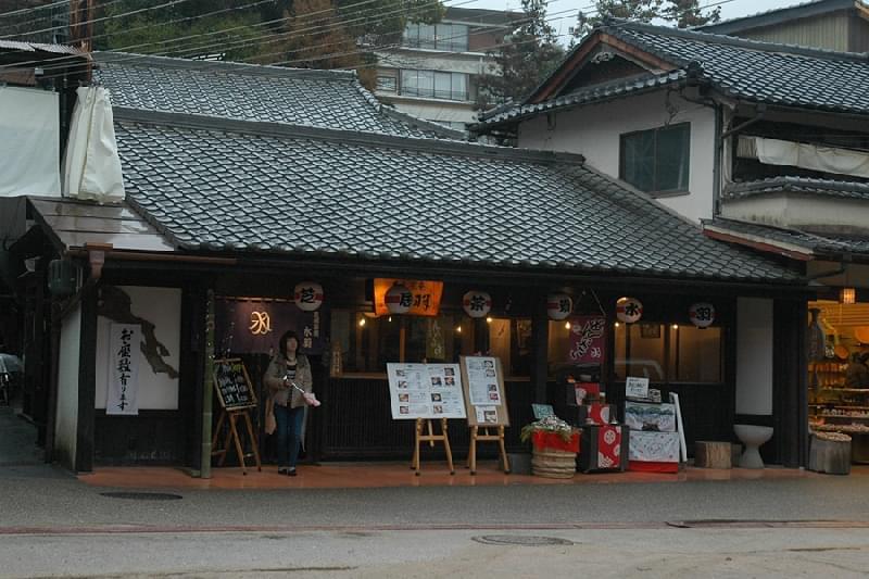 広島・宮島でカキ三昧!カキ専門のお食事処6選!