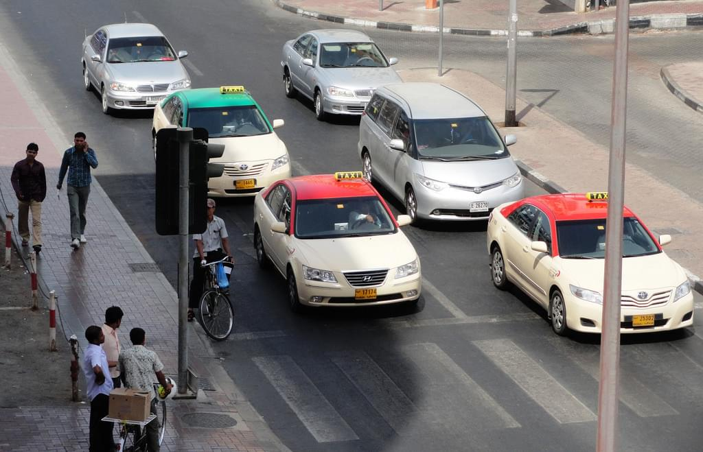アラブ首長国連邦基本情報【交通手段編】