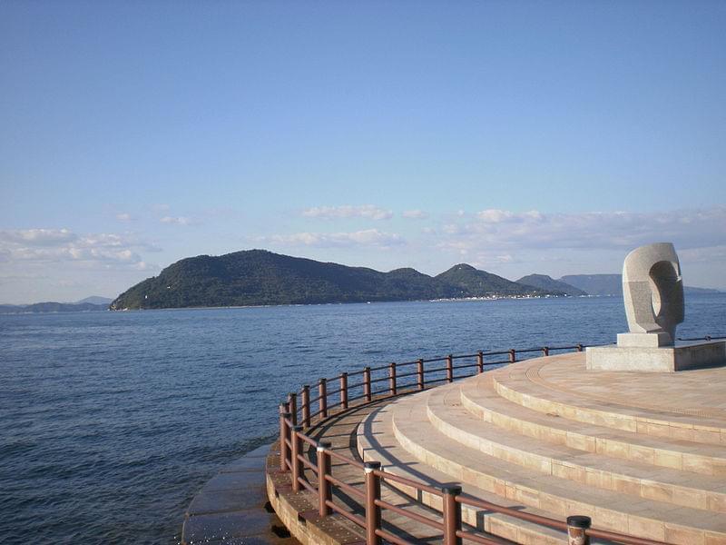 瀬戸内海にある個性的な島々で現代アートに触れよう!
