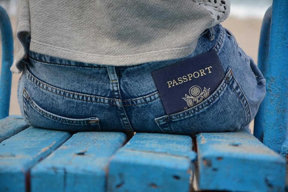 オランダ基本情報 【ビザ・大使館・税関編】パスポートなしで近隣国へも?シェンゲン協定ってなんだ?