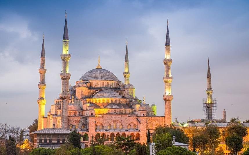 トルコの人気なお土産14選!おすすめのトルコ石のアクセサリーや、雑貨まで!