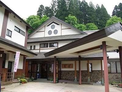 山形の観光名所!白布大滝と白布温泉のおすすめ旅館を紹介!