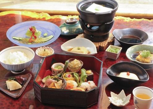 京都女子旅ならここがおすすめ!フォトジェニックな観光スポット&アクティビティ15選!