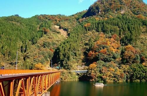 杖立温泉のおすすめ観光スポット15選!源泉から沸き立つ湯煙と昭和レトロ!素朴な温泉街をエンジョイ♪