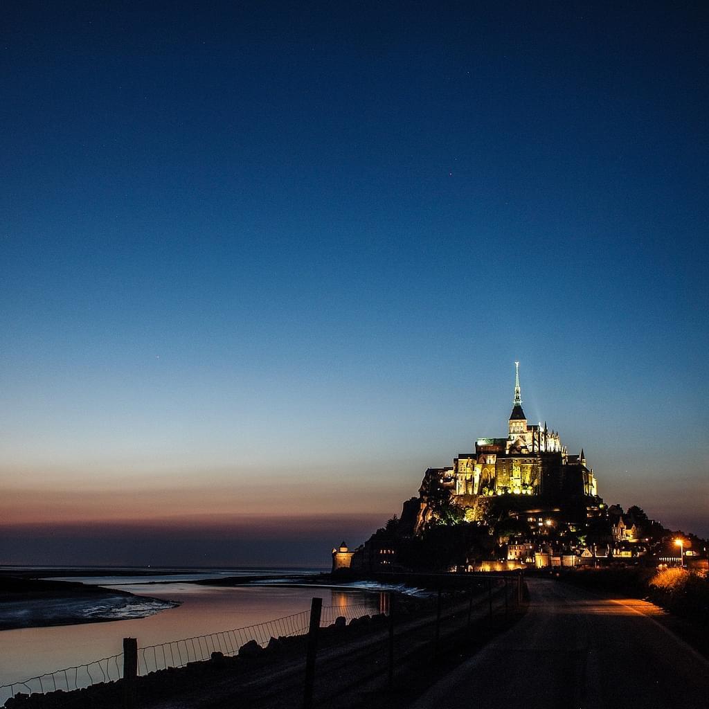 モンサンミッシェルのおすすめ観光スポット15選!サン・ワロ湾に浮かぶ絶景の島と修道院、驚異の世界遺産!