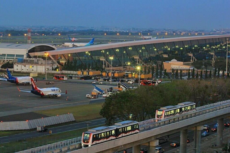 ジャカルタ・スカルノハッタ国際空港(CGK)完全ガイド!市内へのアクセスと空港での過ごし方まとめ!