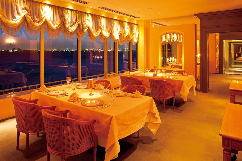 東京ベイ舞浜ホテルクラブリゾートを徹底解明!ゲストルームからコンビニまで詳しくご紹介