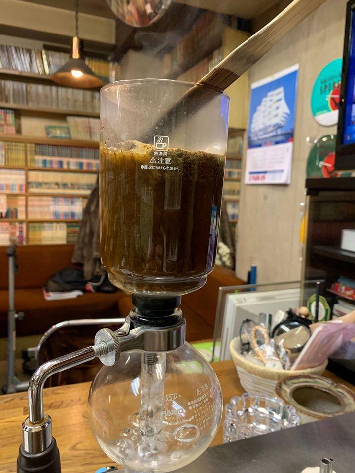 福岡で楽しめる漫画喫茶TOP15!一人時間を楽しもう