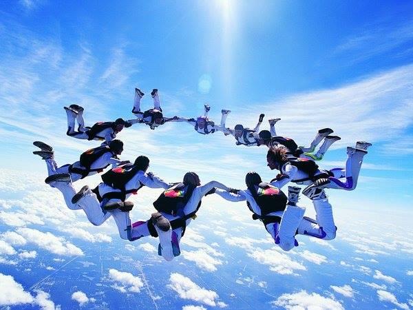 国内スカイダイビングスポット6選!お安いおすすめスポット日本の料金相場や海外との比較情報もご紹介
