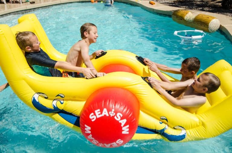海のおすすめ遊び道具10選!子どもから大人まで楽しめるグッズをご紹介
