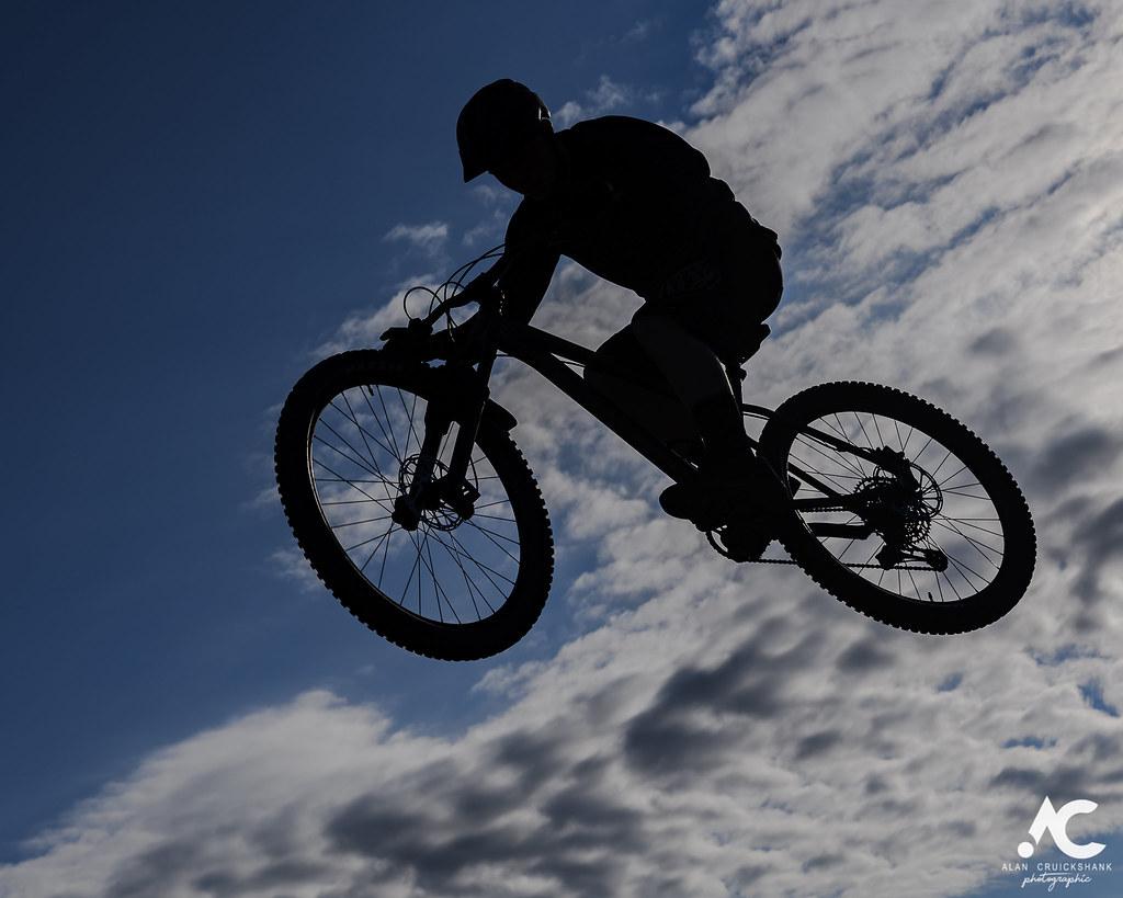 街乗りに最適なBMX15選!競技スポーツだけでなく街乗りでも注目されているBMXについて解説!