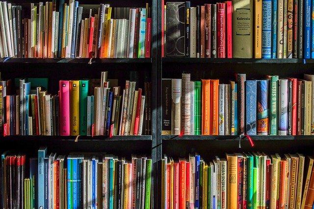 有楽町と銀座のおすすめ本屋さん10選!お気に入りの本を見つけよう